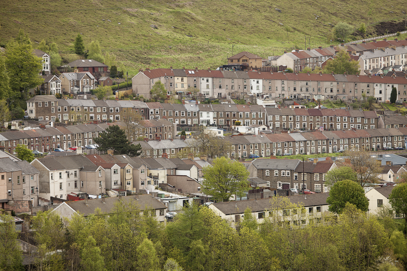 Picture of a valley town in Wales